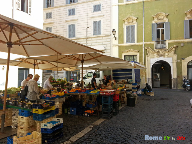 Market just off Piazza delle Coppelle