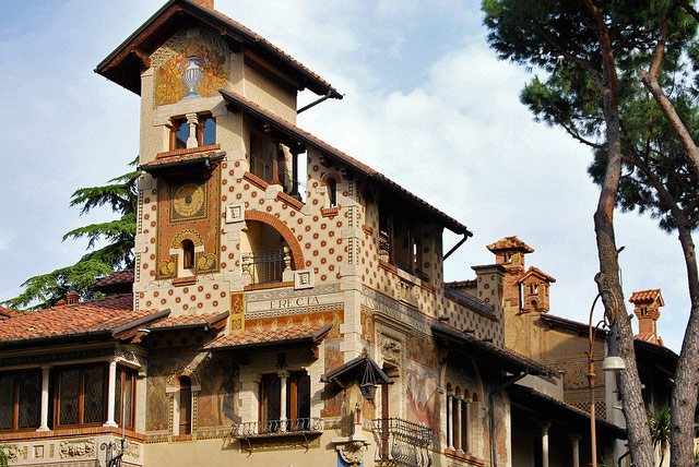 Detail of the Villino delle Fate