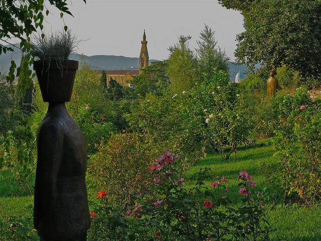 folon-rose-garden