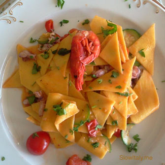 Maltagliati pasta with shrimps, moscardini and coccio fish