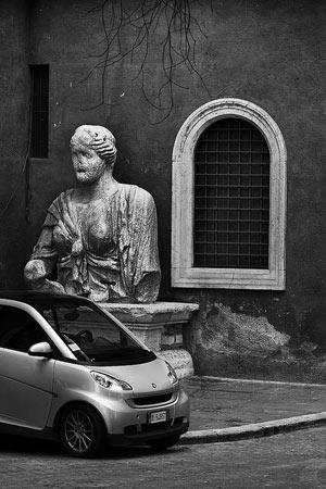 talking statue Madama Lucrezia