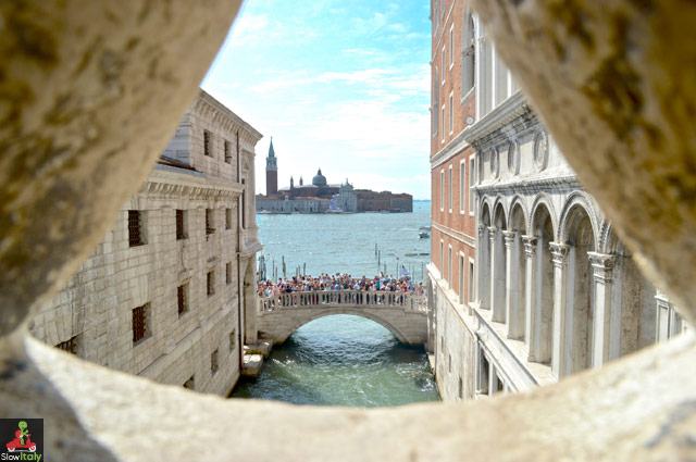 Bridge of Sighs. Photo © EldadOhayon/Istockphoto