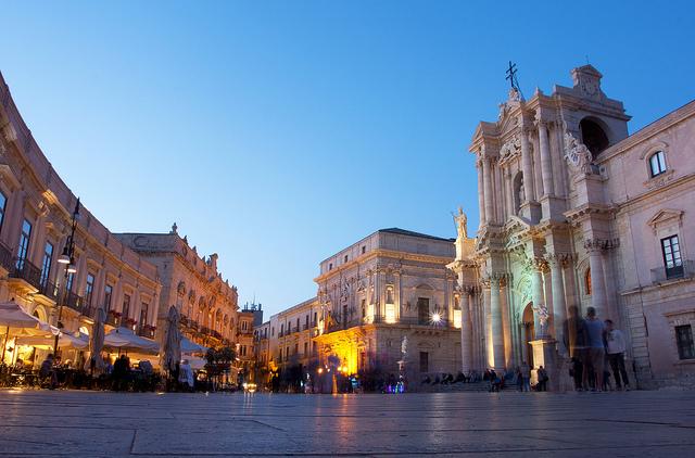 Piazza del Duomo. Photo by Jelle Drok