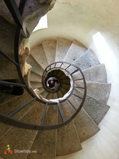 basilica-superga-stairs-to-the-cupola