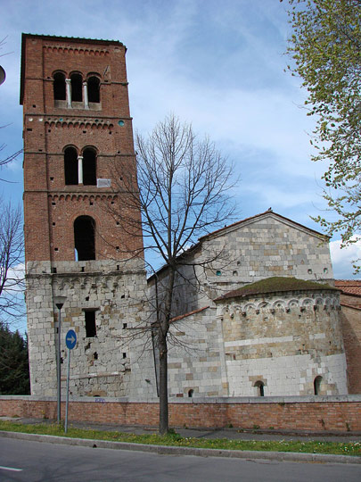 San-Michele-degli-Scalzi-bell-tower