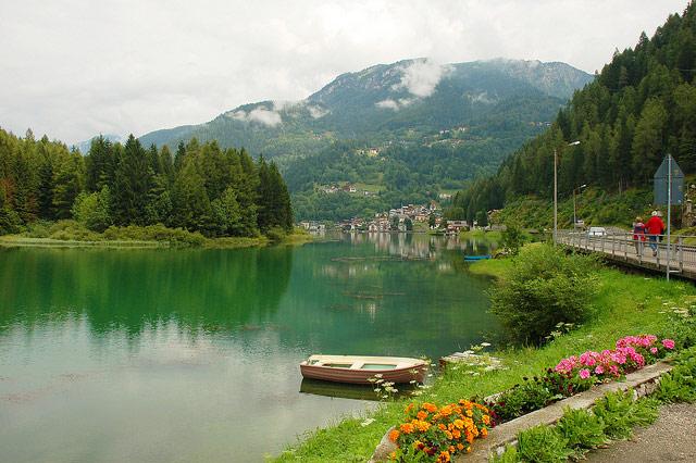 lago-di-alleghe