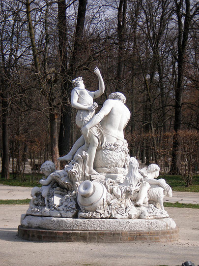 Statue in Parco Ducale