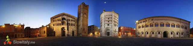 The three main buildings of Piazza Duomo side by side (in reality on three sides of the piazza)