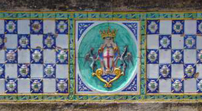 Detail of the ceramics on Ponte San Francesco with the coat of arms of Caltagirone.