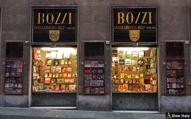One of the historic bookshops of Genova, founded in 1810 and very well appointed. Libreria Bozzi in Via Cairoli 2.