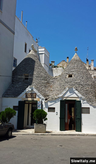 Private trullo-house in the Rione Aia Piccola. Photo © Slow Italy.