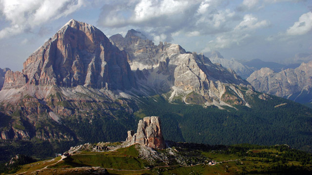 Cinque Torri (in the foreground) viewed from the Nuvolau Peak. In the background the Tofanas. Photo by Pear Blossom.