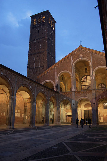 Basilica Sant'Ambrogio. Photo by Andrea Stefanini.