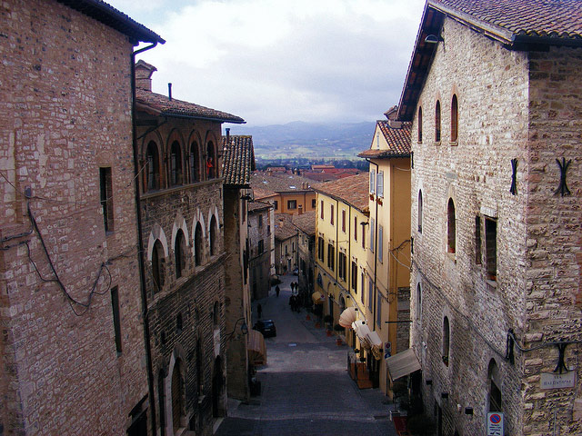 Gubbio. Photo by Rutacultural.com