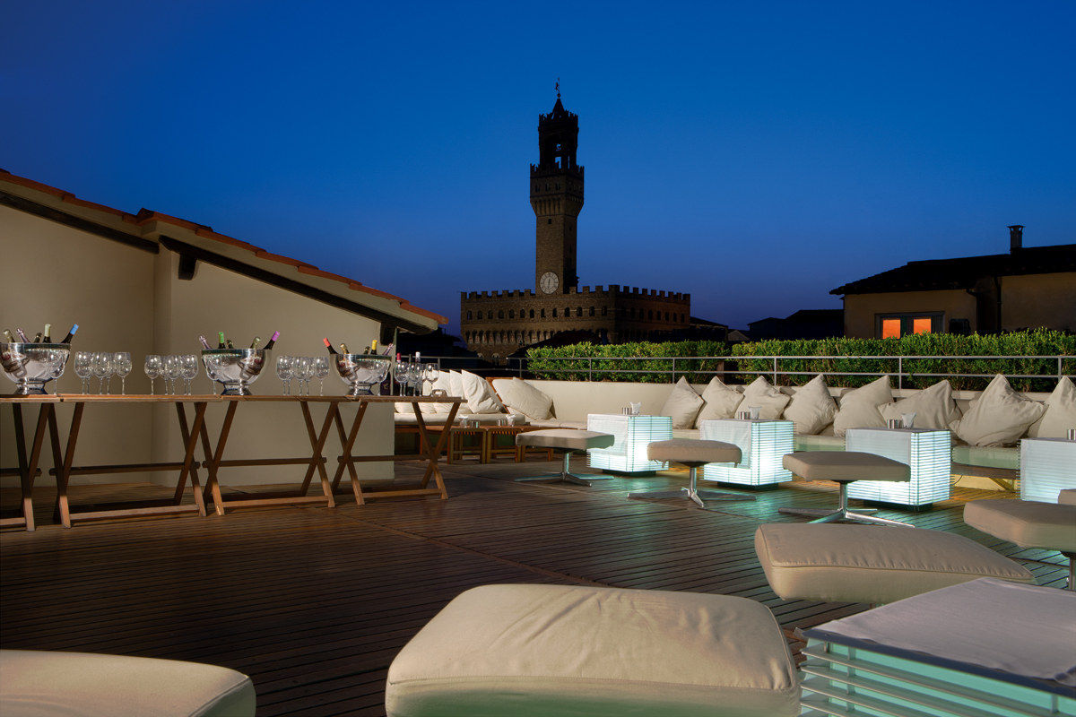 La Terrazza Bar of Hotel Continentale in Florence. Photo: lungarnocollection.com