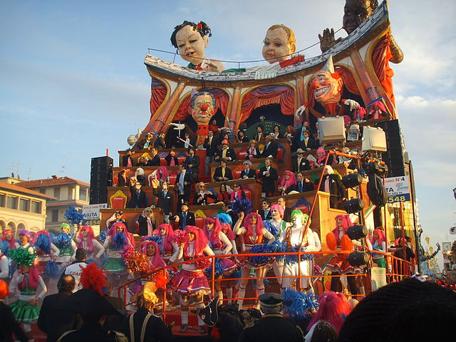 Carnival of Viareggio. Photo by Saiko.