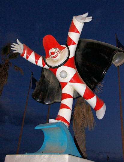 The burlamacco, official mascot of the Viareggio carnival. Photo by Chris Sampson.