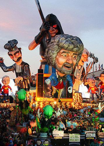 Viareggio Carnival. Photo by Giulia.