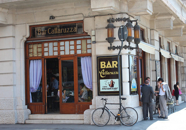 Bar Cattaruza, Trieste. Photo © Mimi Amnell.