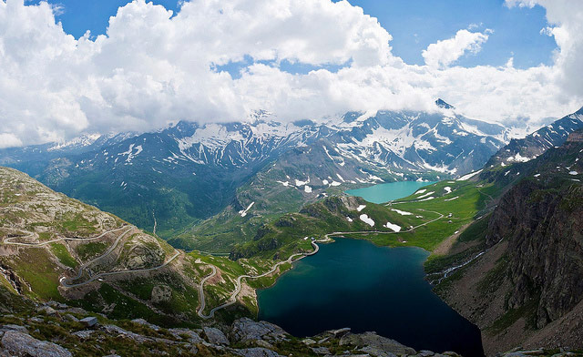 Lago Serrù and Lago Agnel. Nivolet Pass (2,612m), Gran Paradiso National Park. Photo by Soumel Baba.