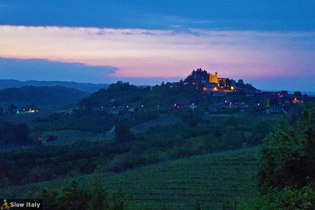 Typical Roero landscape by night. Photo © Slow Italy.