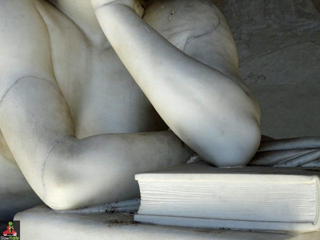 """Detail of """"The Science"""". Camposanto monumentale di Pisa. Monumental cemetery of Pisa (Italy). Dettaglio dalla tomba di Ottaviano Fabrizio Mossotti (1791 - 1863), matematico, fisico e astronomo italiano. Photo © Slow Italy"""