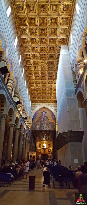 Pisa Duomo, interior. Photo © Slow Italy