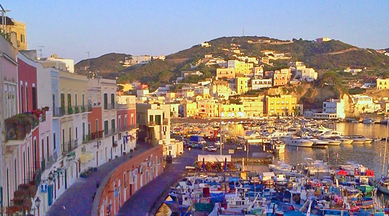 The miracle of Ponza: 15 reasons why you should visit this little ...