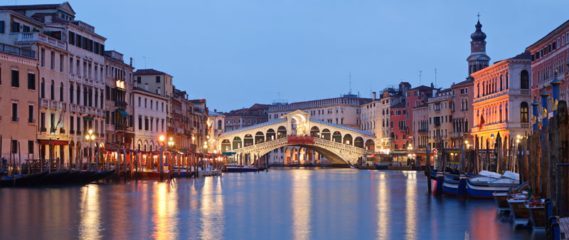 10 most famous cities of italy venice cityscape with rialto bridge in the background altavistaventures Image collections